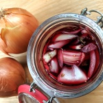 PIckled onions in turmeric and elderberry vinegar